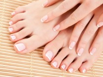 Jayne @ The Cutting Room Coupons – 50% OFF Mani-Pedis – Nail Spa/Salon – Manicure Deals